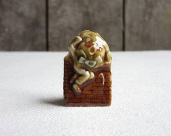 Vintage Wade Nursery Rhyme Character Figure, Humpty Dumpty Porcelain Miniature Figurine, Red Rose Tea, Wade Whimsies England, Nursery Rhyme