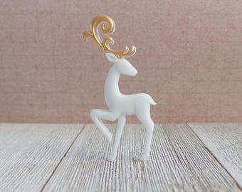 Reindeer - Fancy Reindeer - Christmas - White - Gold Antlers - Lapel Pin