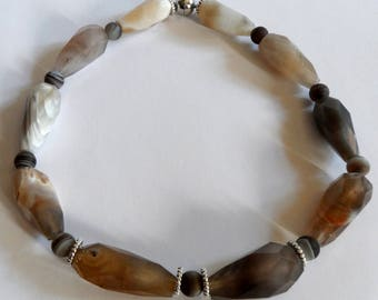 Mighty chain of wonderful big agates faceted top stones OOAK