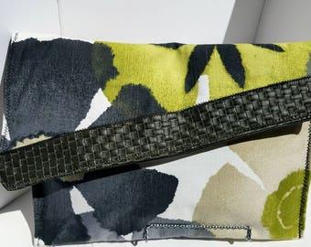 Grey Scale Large Clutch