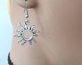 Silver Sun Earrings/ Sun Fire Earrings/ Sun Charm Earrings/ Sun Charm/ Sol charm/ Celestial Charm/ Celestial Earrings/ Sun Signs