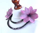 Pink flower necklace with open design made of long felt rope and finished with fancy flowers, romantic women jewelry [N72]