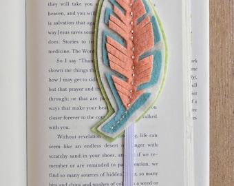 Felt flower bookmark, bookmark, journal, summer reading, bookworm, felt flowers, birthday gift, gift, teacher gift