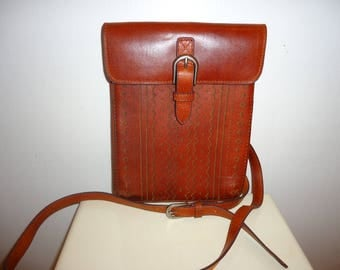 Beautiful Vintage Cognac Leather Crossbody Bag