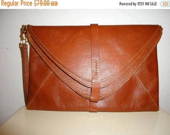 50% OFF Must See Vintage Cognac Leather Clutch