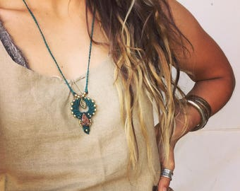 Macrame jade pendent *deep turquoise* macrame necklace festival TRIBAL bohemian gipsy jewelry art of goddess