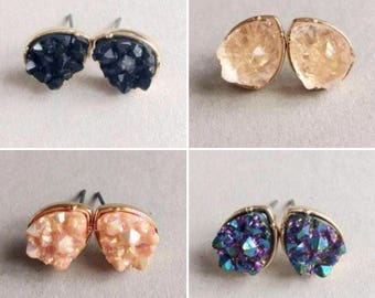 Geode Druzy Kendra Scott Inspired Teardrop Stud Earrings. Perfect bridesmaids gift!
