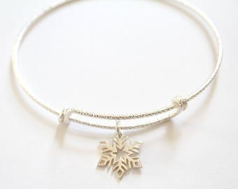 Sterling Silver Bracelet with Sterling Silver Snowflake Charm, Snowflake Bracelet, Snowflake Charm Bracelet, Snowflake Pendant Bracelet
