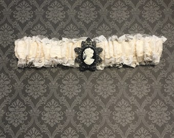 Vintage Lace Garter with Cameo