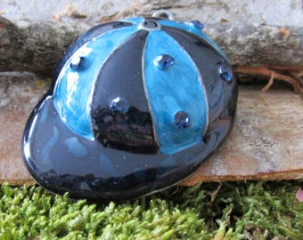 Another jewelry accessory hat with blue rhinestone enamel pendant accessory