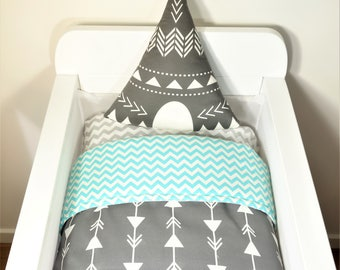 Bassinet quilt OR Bassinet and fitted sheet set - Charcoal with white joining arrows AND aqua chevron