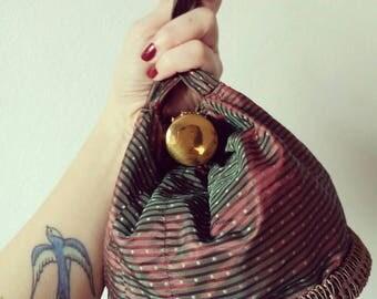 Vintage 1940s wrist pouch bag handcraft fabric purse