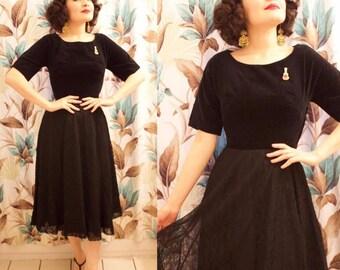 1940s 50s Black Velvet and Spiderweb Lace Dress