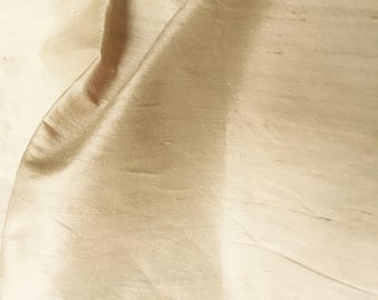 "COUTURE SILK DUPIONI, 100% Silk Shangtung,Light Cream Silk,Soft Cream Silk Shantung,Wedding Fabric,Cream Silk Dupioni, Luxurious,33""W byYard"