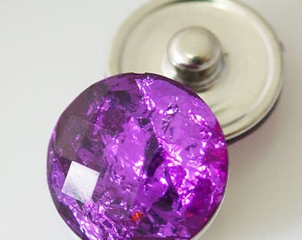 KB2233  Sparkling Purple Resin Snap with Faceted Cut Top