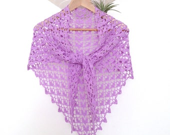 Lace shawl in 100% cotton, lilac, crocheted hands