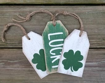 Distressed Lucky and Shamrock Wooden Tags, St. Patricks Decor, Grungy Primitive St Patricks Signs, Wooden Shamrock Door Hanger