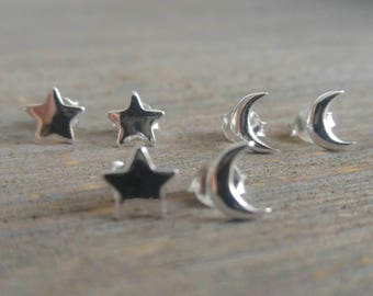 STAR & MOON - 925 Sterling Silver Earrings // Delicate Silver Earrings // Christmas Jewelry // Perfect Gift