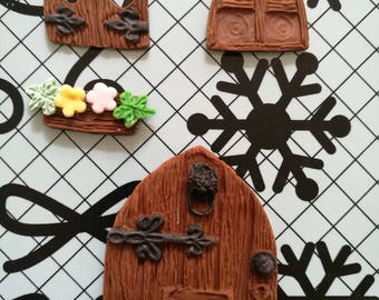 Set of edible fondant fairy door and windows. Cakes cupcakes cookies cakepops toppers and decoration