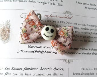 Beige and liberty bow Barrette + skull