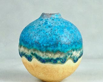 Studio Pottery No. 17, Beguiling Hand-Crafted STONEWARE 'BALL' VASE in Turquoise Glaze, 2017