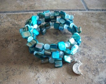 Stacking turquoise glass beads Memory wire with crescent moon charm - 3 stacks  -  Item 203