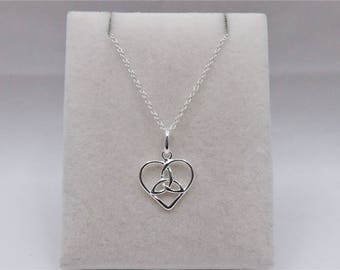 Sterling Silver Celtic Heart Pendant & Chain Necklace.
