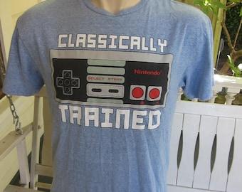 Size L (45) ** Nintendo Shirt (Single Sided)
