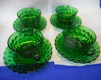 4 Anchor Hocking Forrest Green Cups & Saucers....Nice!