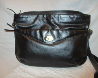 Etienne Aigner leather shoulder bag