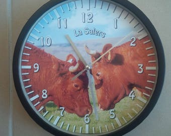 clock wall pattern salers cow