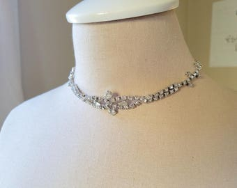 "Vintage Rhinestone Choker with Details ""Infinity"""