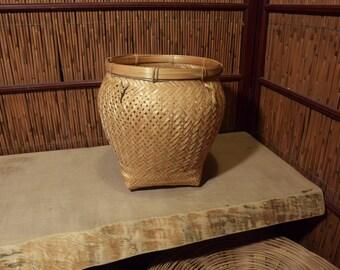 Round Chinese Bamboo Basket With 4 Lugs