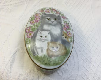 Cat Trinket Box, Porcelain Mothers Day Cats Ceramic Lidded Box, Gold Trim,  FP81, Cats and Flowers Oval Trinket Box, Kitty Porcelain Box