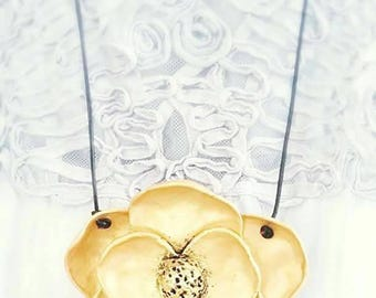 Beautiful necklace with Golden Flower