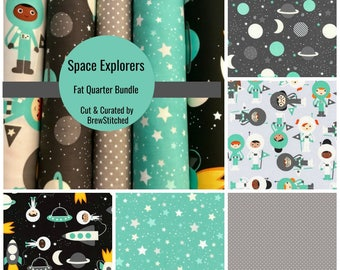 NEW Fat Quarter Bundle - Fabric by the Yard - Quilt Fabric - Mint and Grey Fabric - Space Explorers -Robert Kaufman - Explorers