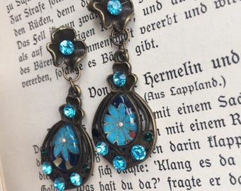 Vintage Glamour Earrings