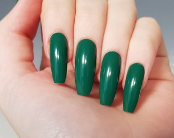 Forest Green False Nails (glue included)