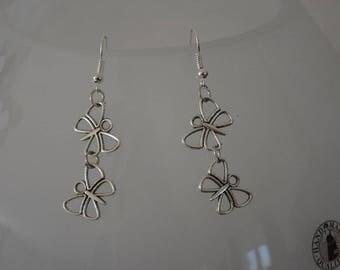 Light and feminine butterfly earrings