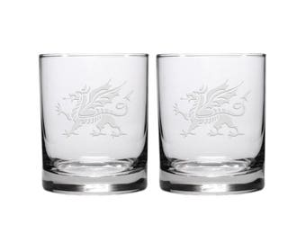 Welsh Dragon Whisky Glass / Set of 2 / Free Personalization / Etched Whisky Glass / Engraved Rocks Glass / Double Old Fashioned Glass