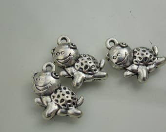 Silver plated // Cute turtle charms // 3PC