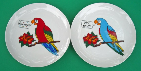 """Two Vintage Parrot Talk Novelty Parrot Luncheon Size Plates from Papel Japan """"Crackers"""" """"Hot Stuff"""""""