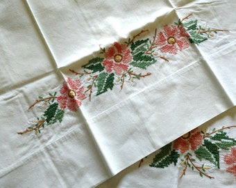 Vintage Hand Embroidery Cross Stitch Pillowcases Double Bed Sheet Set 1950s Floral Motif