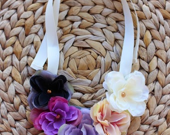 The flower statement necklace