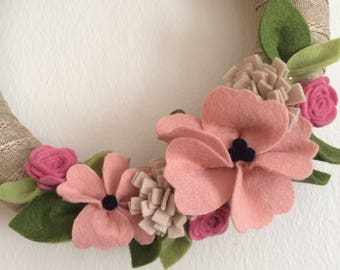 """Sophisticated Gray 10"""" Wreath"""