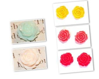Flower / rose resin 14x8mm