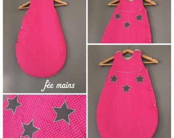 Sleeping bag in Fuchsia pink cotton printed white dots with his garlands of pink stars