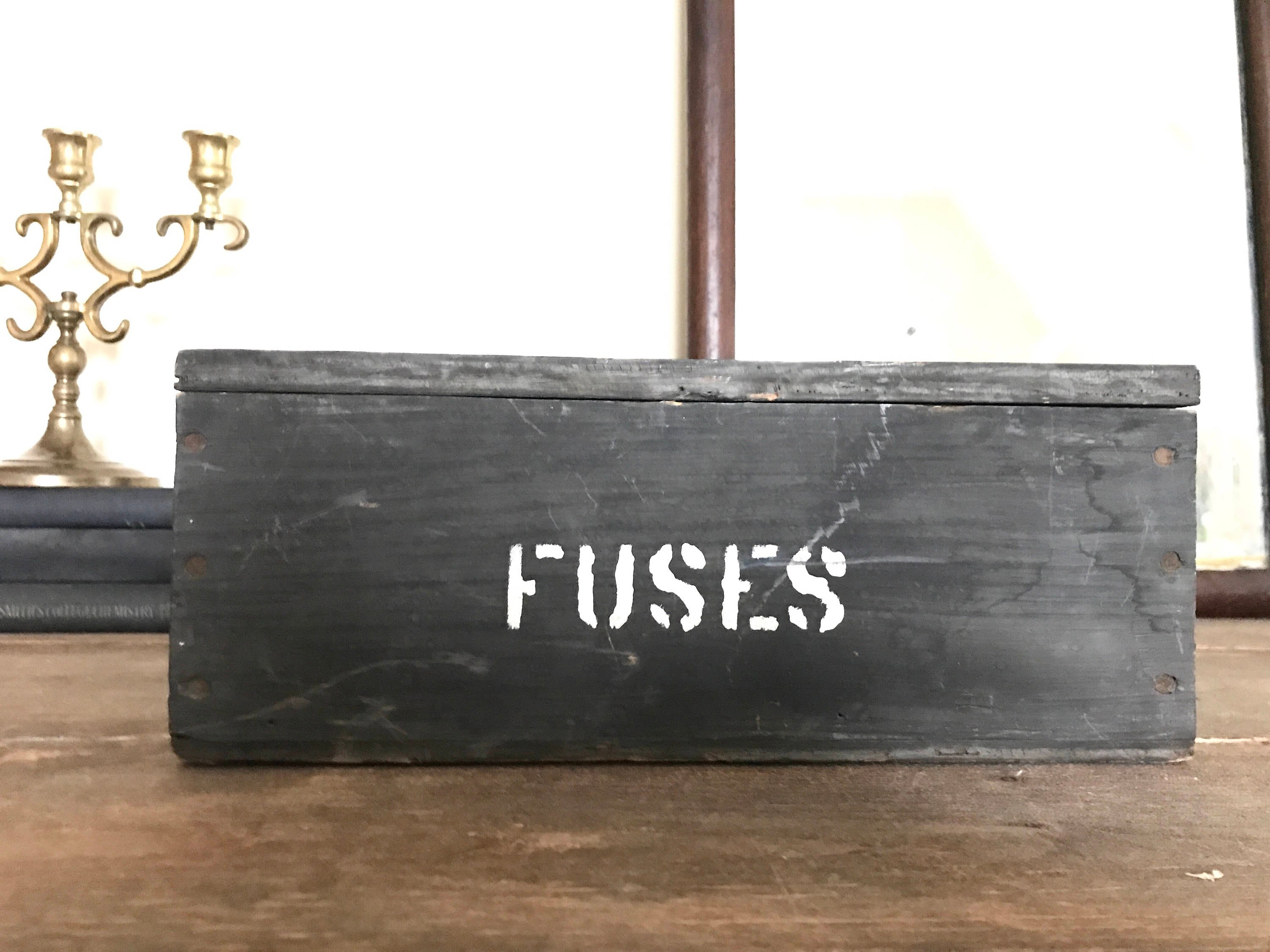 vintage wooden crate box vintage fuse box black and white wooden box. Black Bedroom Furniture Sets. Home Design Ideas