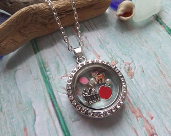 Snow White floating locket, princess locket,  snow jewelery, snow white gift, floating charm locket, glass locket, princess gift, UK
