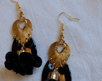 BO - Blowing tassel gold - black and gold